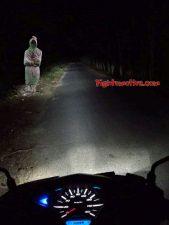Berkendara sendirian malam hari